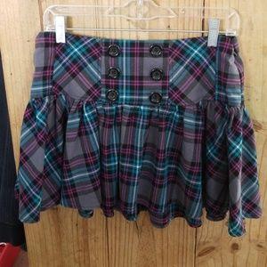 Super cute back to school juniors skirt